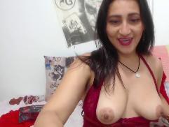 KarinnaSuarez Cam Videos 17