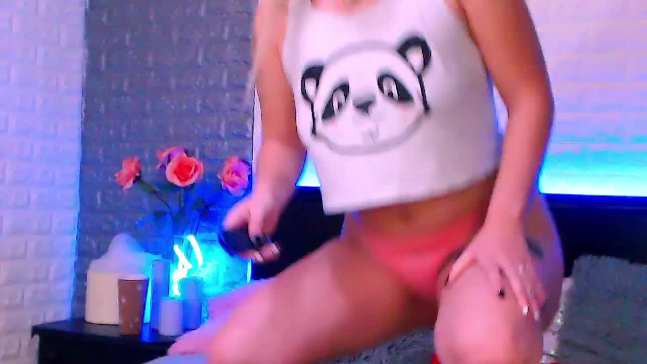AliveBell cam pics and nude photos 11