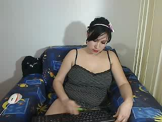 brunettemiha
