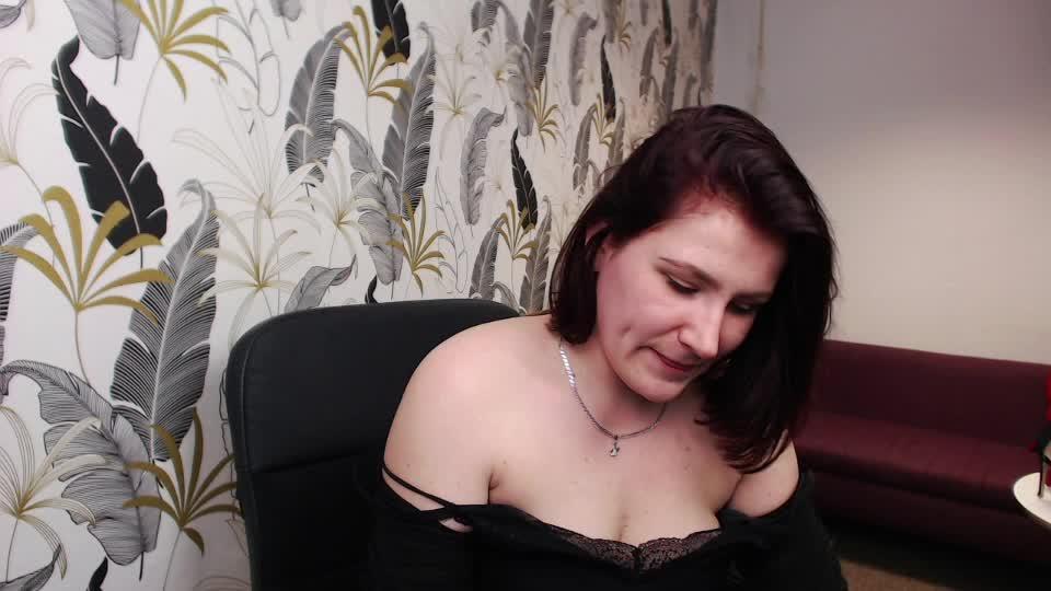 callieForYou cam pics and nude photos 16