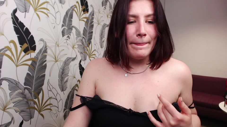 callieForYou cam pics and nude photos 4