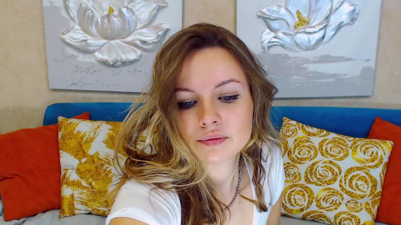 CarlaLue cam pics and nude photos 11