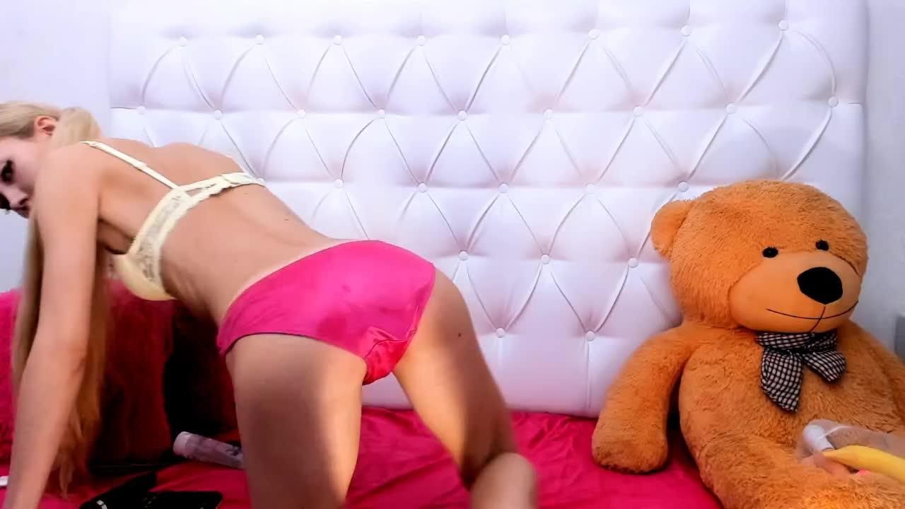 Carlas_Dream cam pics and nude photos 11