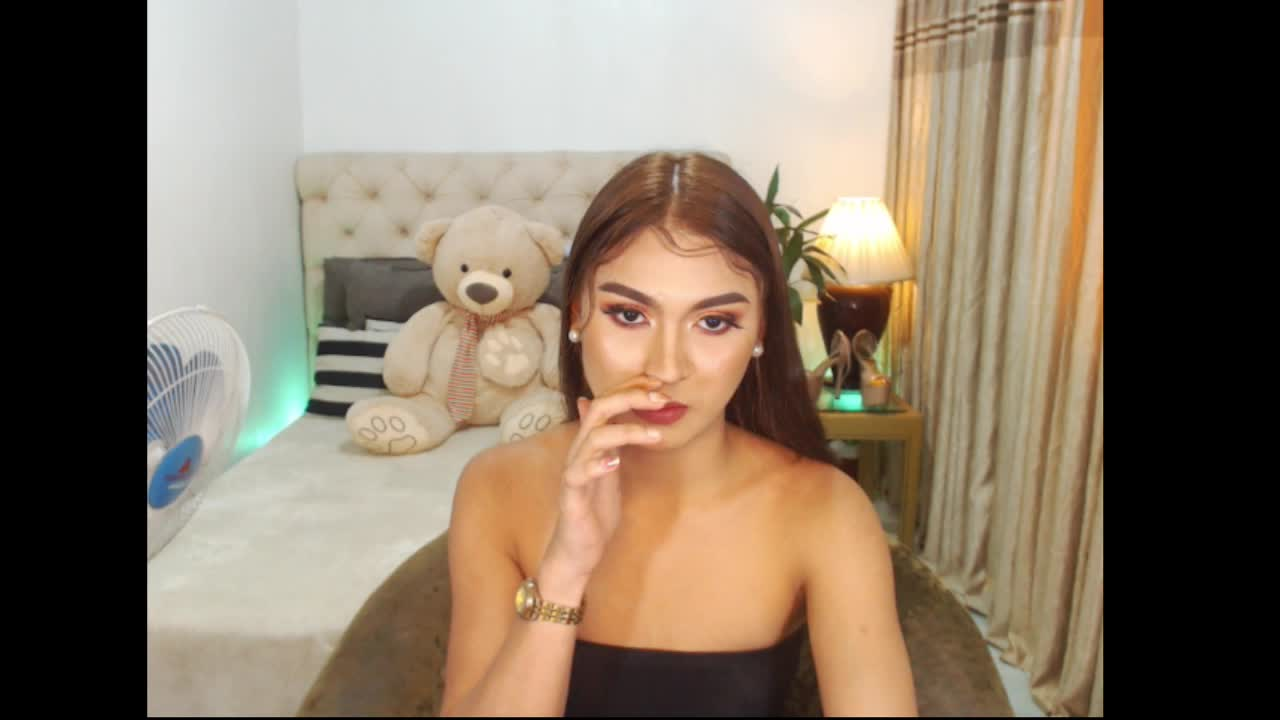 CelineEarlTS cam pics and nude photos 14