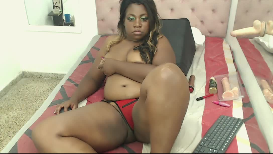 CharleenSquirt cam pics and nude photos 18