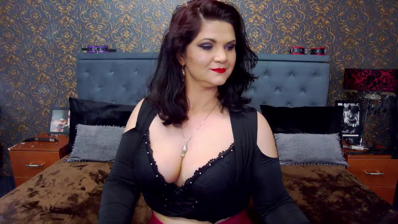 Dolly4You cam pics and nude photos 16