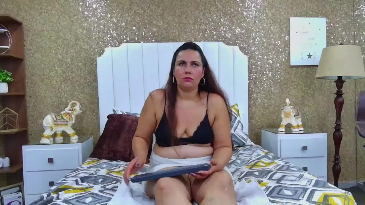 Elie_Morris cam pics and nude photos 16