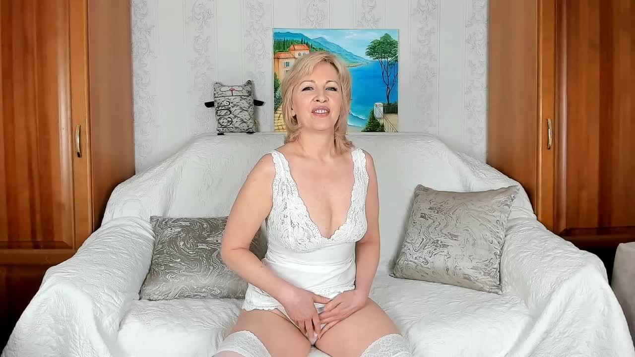 Hellen_Jazz cam pics and nude photos 1