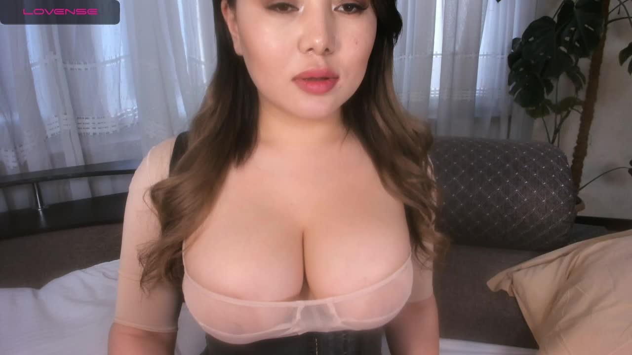 Hina_Jeen cam pics and nude photos 9
