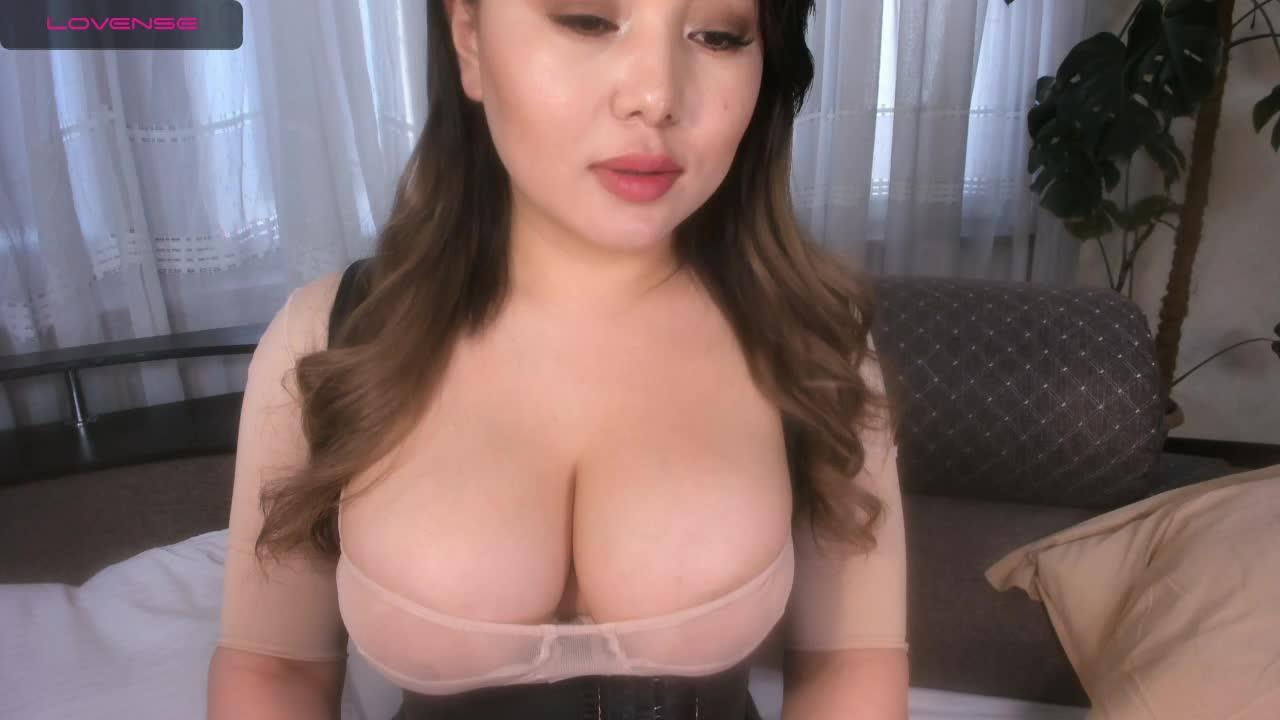 Hina_Jeen cam pics and nude photos 7