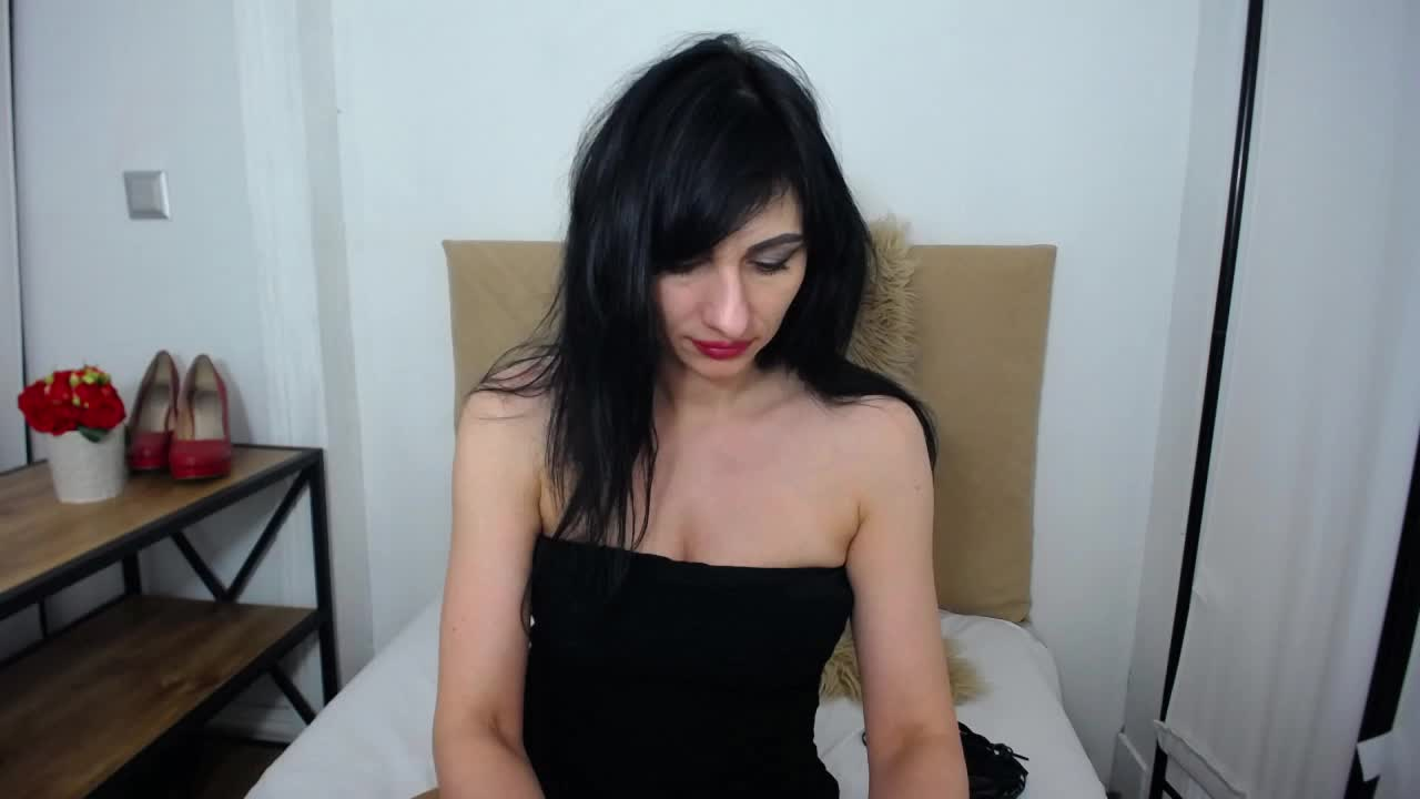 IsabellPetite cam pics and nude photos 16