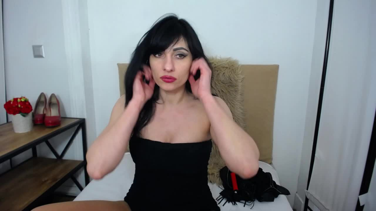 IsabellPetite cam pics and nude photos 9