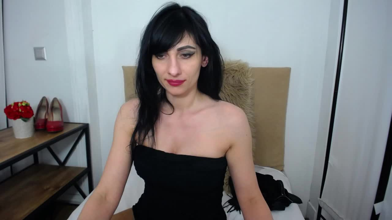 IsabellPetite cam pics and nude photos 8