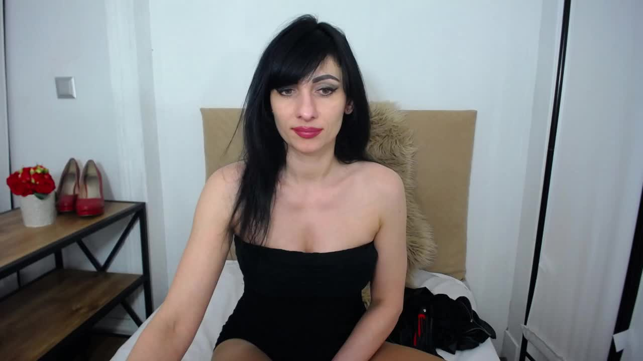 IsabellPetite cam pics and nude photos 5
