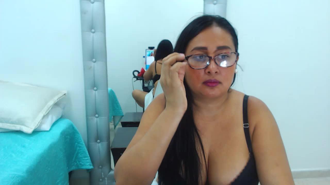 KamilaFivet cam pics and nude photos 18