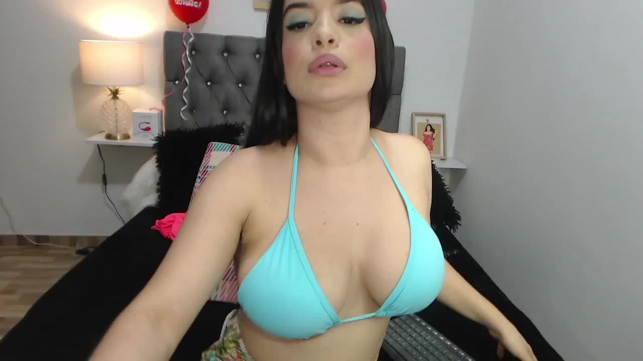 lolarose cam pics and nude photos 16