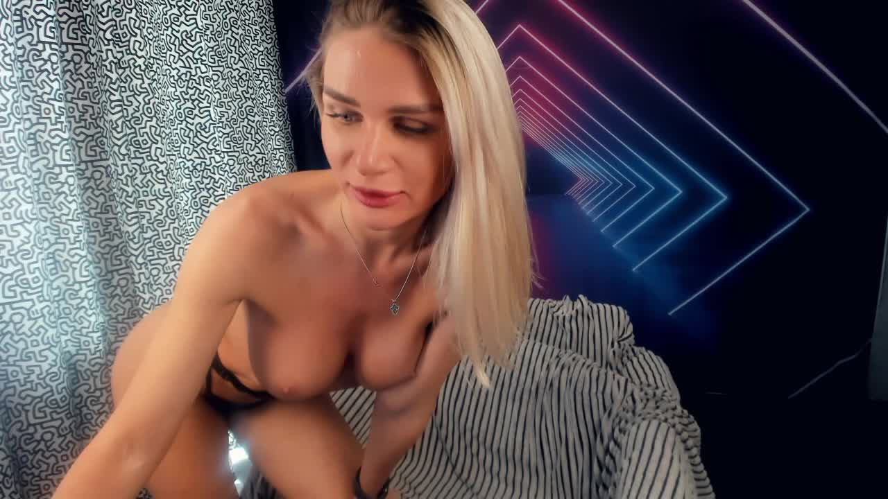 missscandyy cam pics and nude photos 10