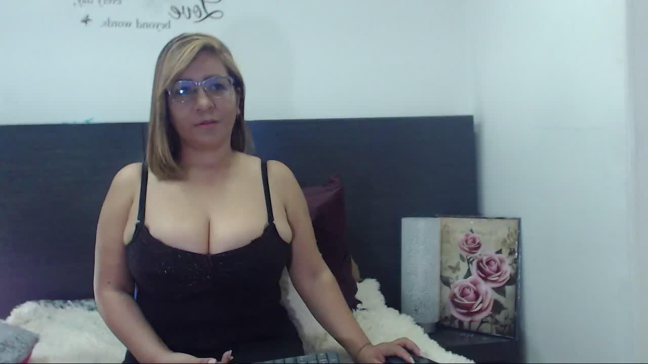 MissyLattina cam pics and nude photos 9