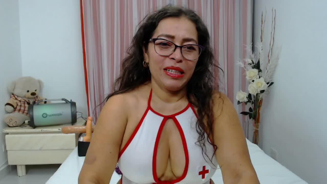 NatallyTunovia cam pics and nude photos 20