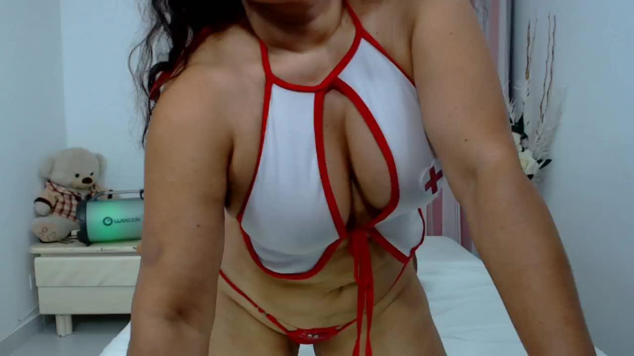 NatallyTunovia cam pics and nude photos 19