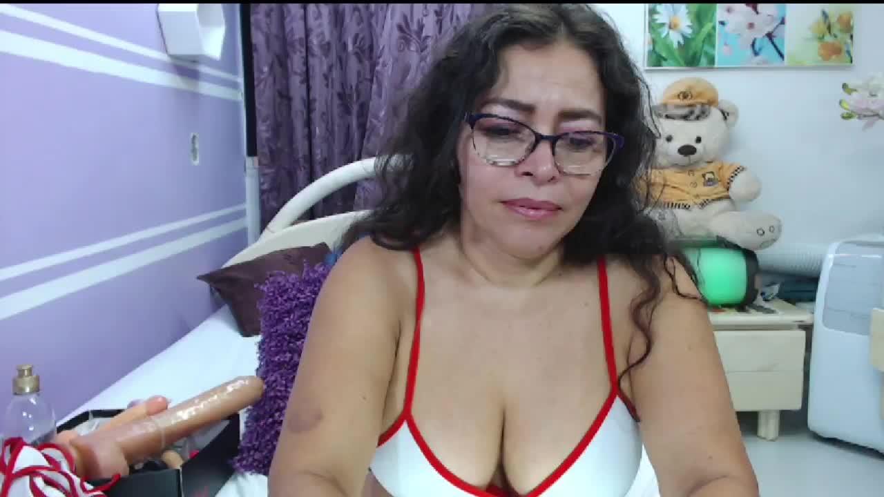 NatallyTunovia cam pics and nude photos 6