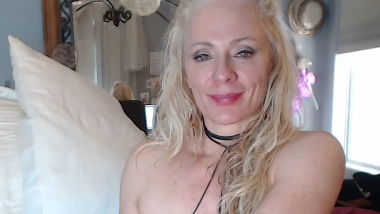 Rhiannon webcam picture