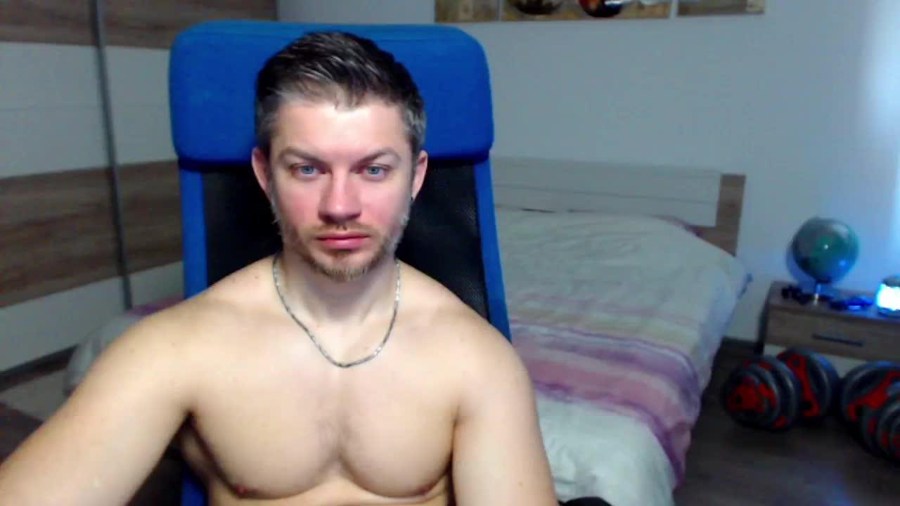 RobbyShawz cam pics and nude photos 19