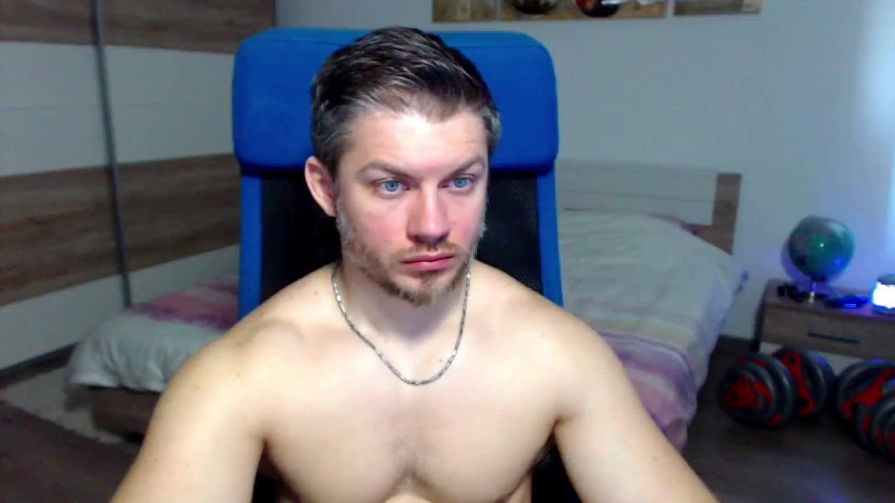 RobbyShawz cam pics and nude photos 17