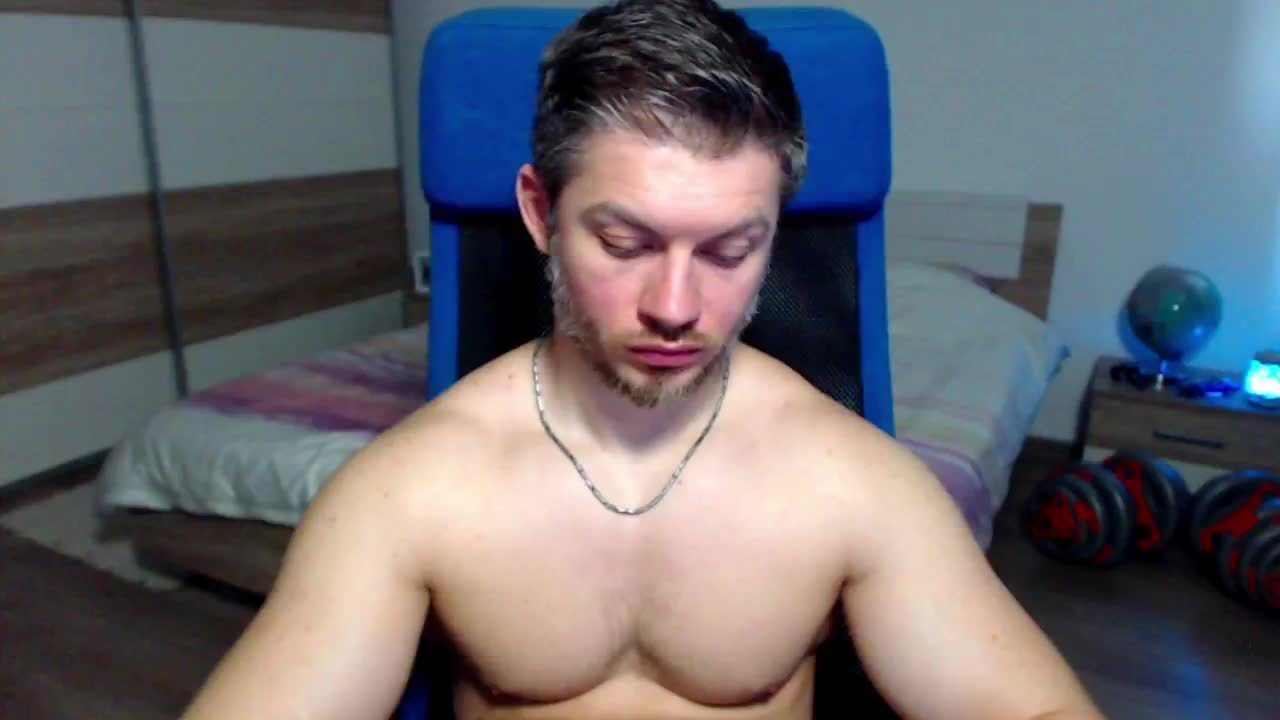 RobbyShawz cam pics and nude photos 4