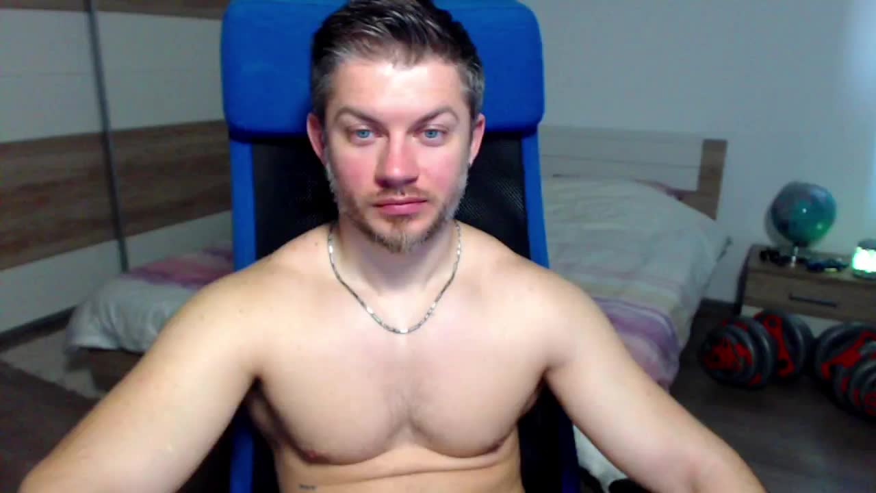 RobbyShawz cam pics and nude photos 2