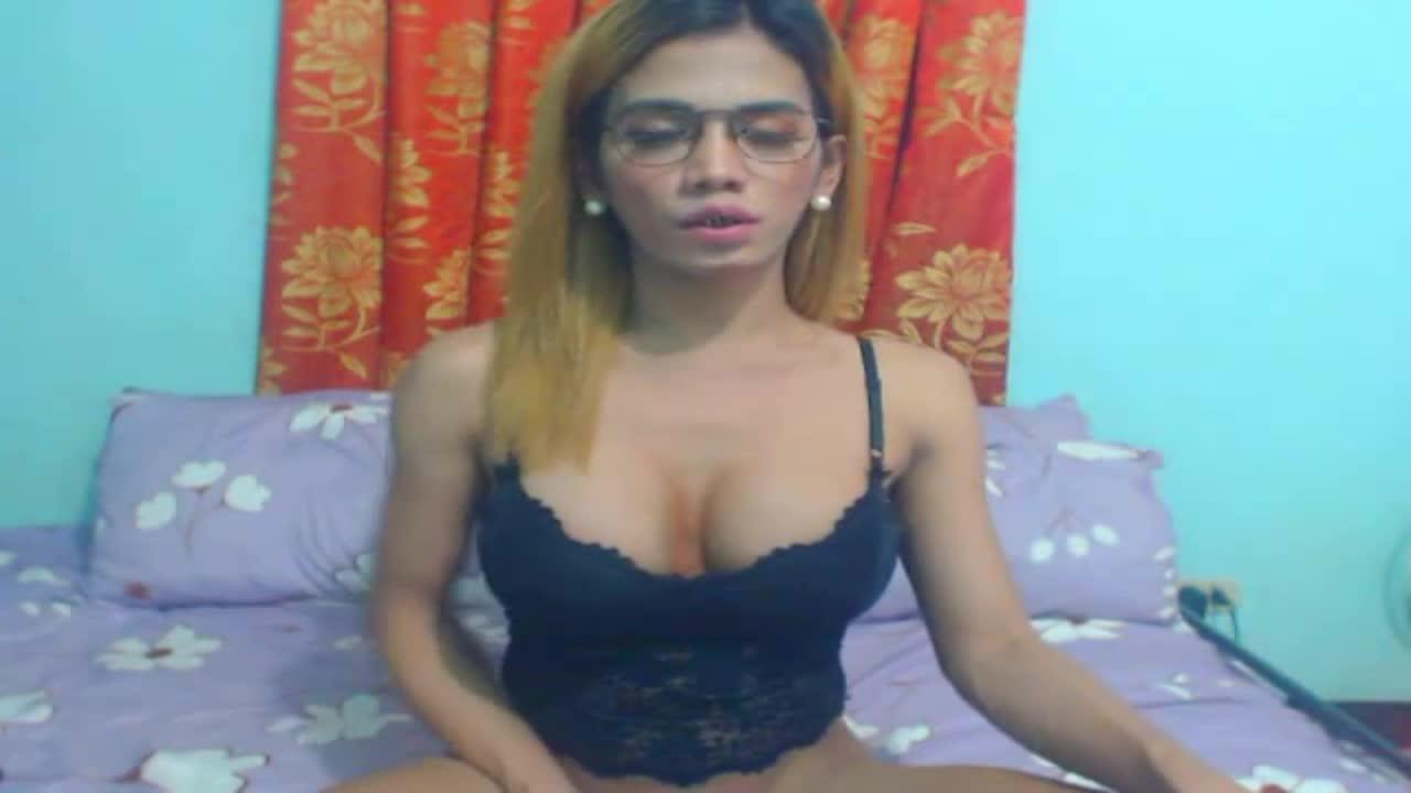 SelfsuckTsxxxTS cam pics and nude photos 20