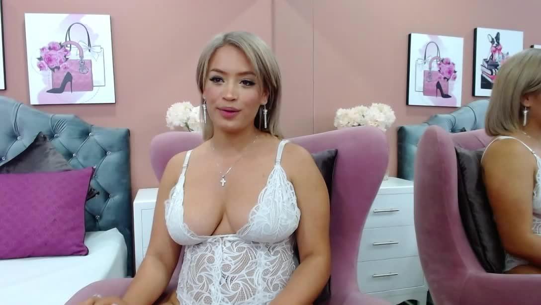 ValeriaDixonD cam pics and nude photos 10