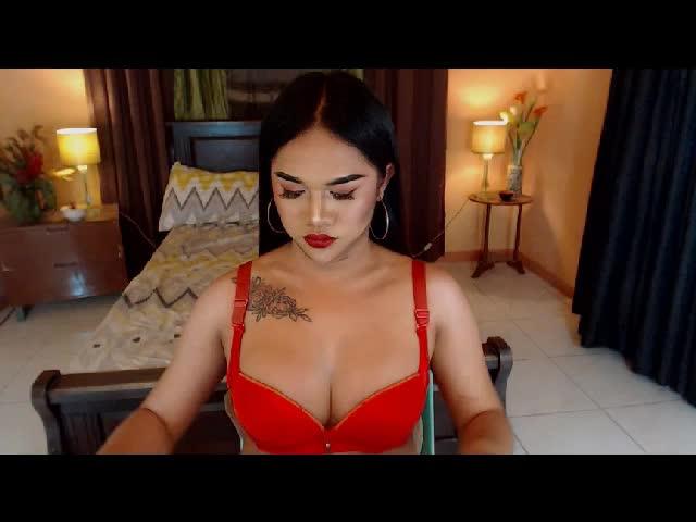 Brunett wife 34d tits