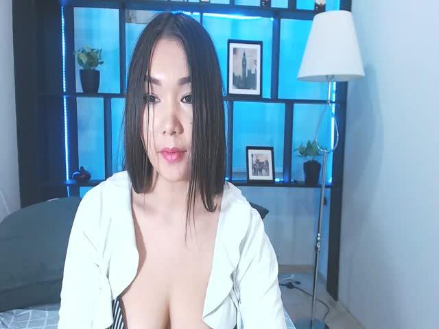 ChinHwa live sex cam