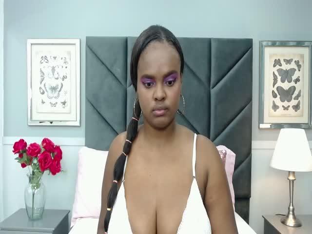 CristalJones live sex cam
