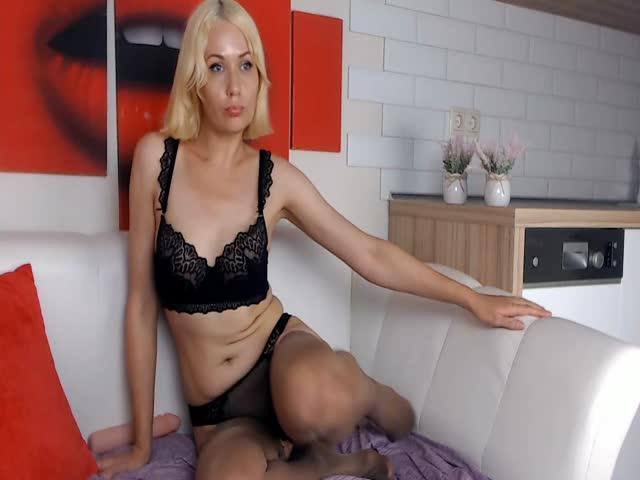 Daniela_Nelson live sex cam