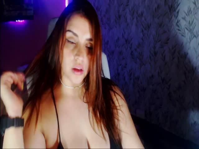 DannaxVegas live sex cam