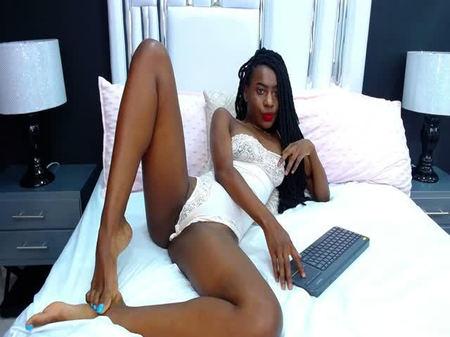 Eleanor_Thomas live sex cam