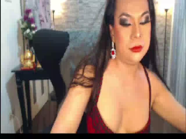 iamYOURlykathefeederTS live sex cam