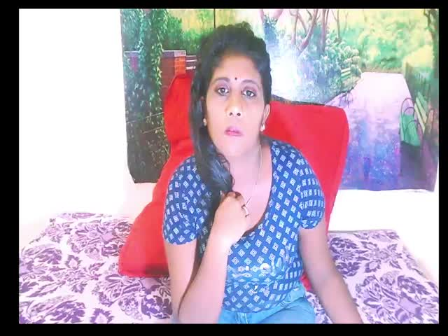 IndianSweetHeart live sex cam