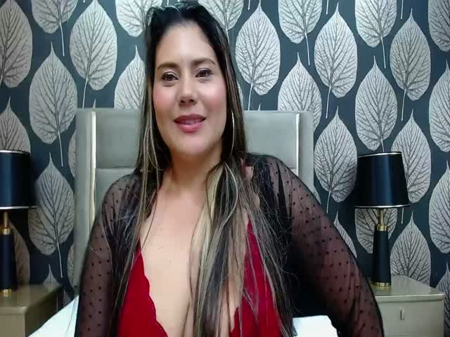 KylieLoverS live sex cam