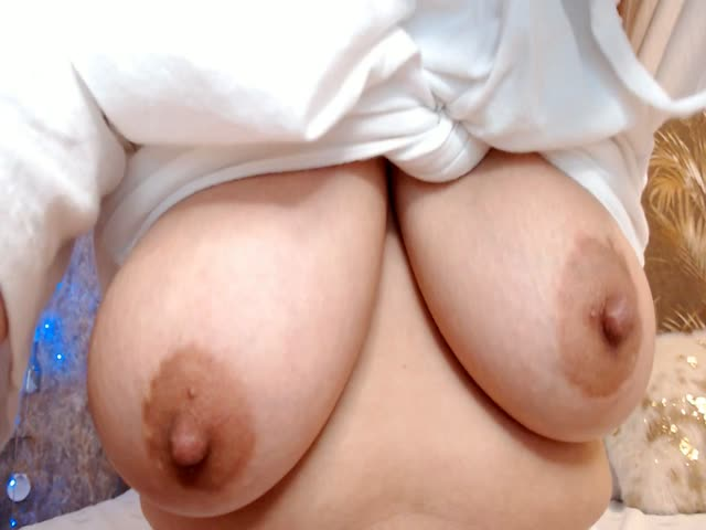 LuliKiss live sex cam