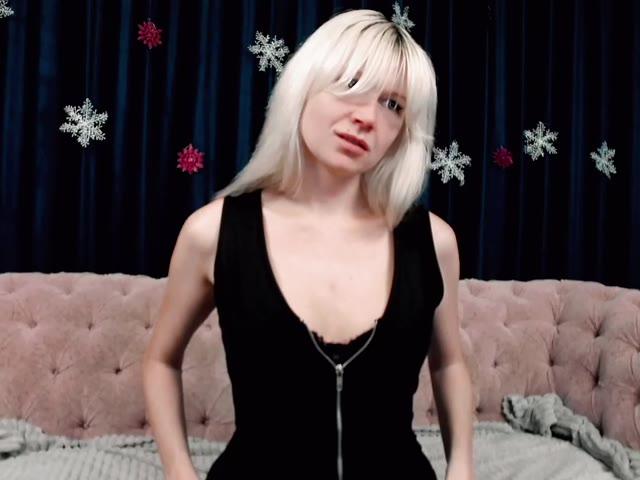 MariaBlondeJ live sex cam