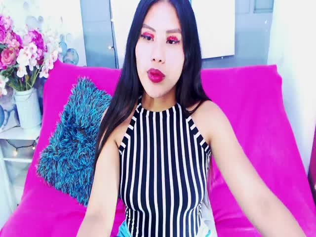 MelanieKinkyAss live sex cam