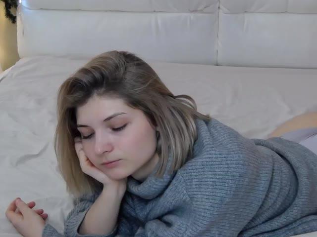 MelanieKat live sex cam