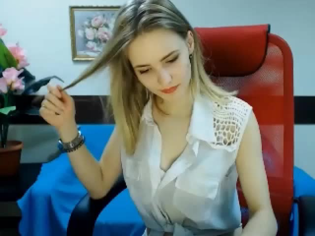 Sucking and fucking mature females