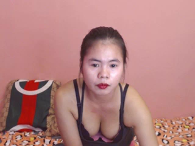 SeductiveChic live sex cam