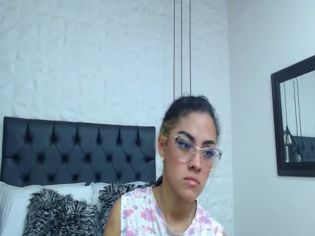 SelenaKarter live sex cam