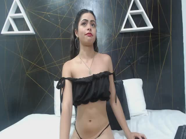 ShairaBelss live sex cam