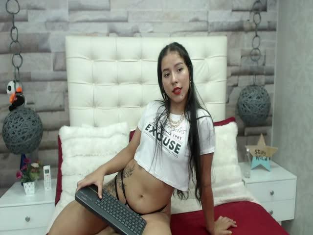 ShopieGomez live sex cam